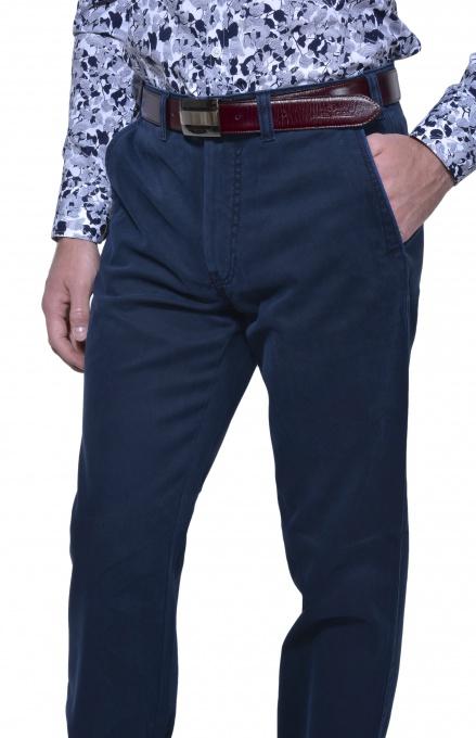 Tmavomodré voľnočasové chinos nohavice