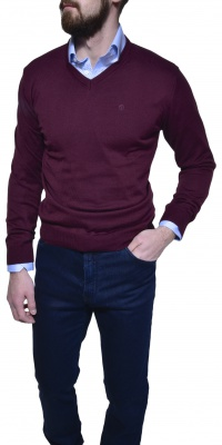 Burgundy cotton V- neck