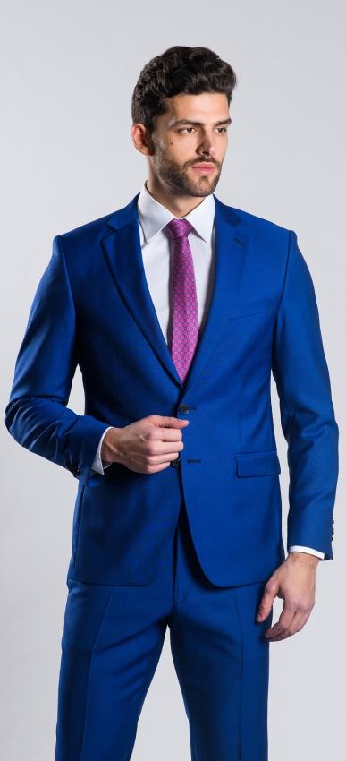 Modrý vlnený oblek