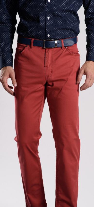 Červené bavlnené nohavice