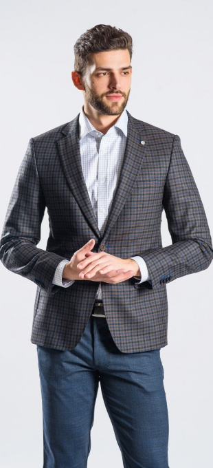 Brown - blue checkered blazer