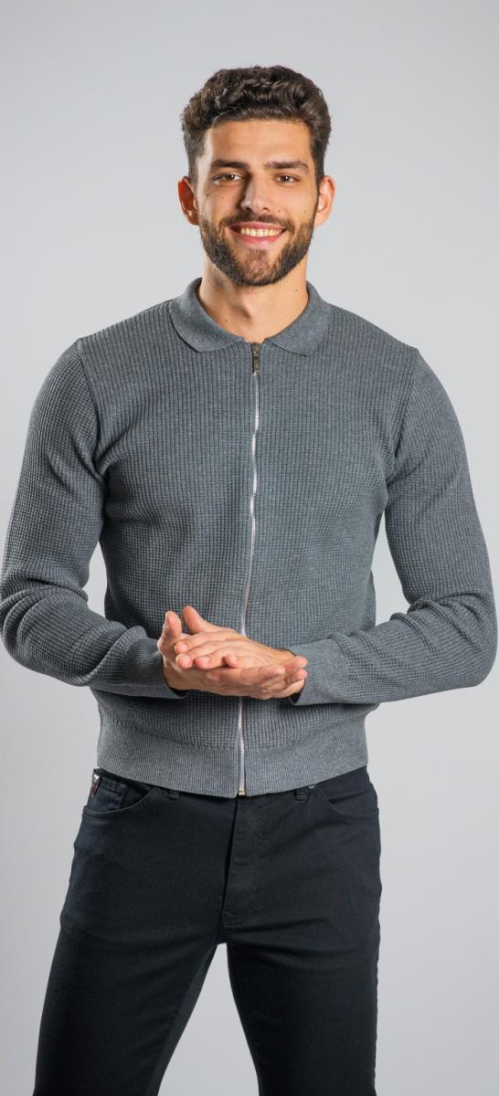 Šedý sveter na zips